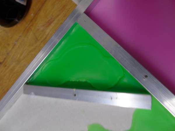 Gietplaat 33x33 met magnetische verdeel strips